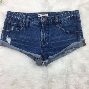 Free People Sz 24 cuffed rolled hem Short Shorts